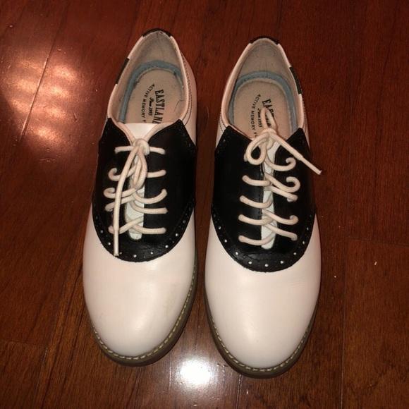 5800bd294 Shoes | Womens 8 Sadie Oxford | Poshmark